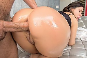 The Great Booty Of Aleksa Hdzog Free Xxx Hd High Quality Sex Tube