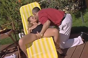 Lusty Italian Dame Fucked In The Ass Outdoors